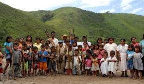 Colombia: Recolonización de las economías de los pueblos indígenas